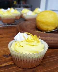 Lemon Curd Filled Fairy Cakes by HomeDelish
